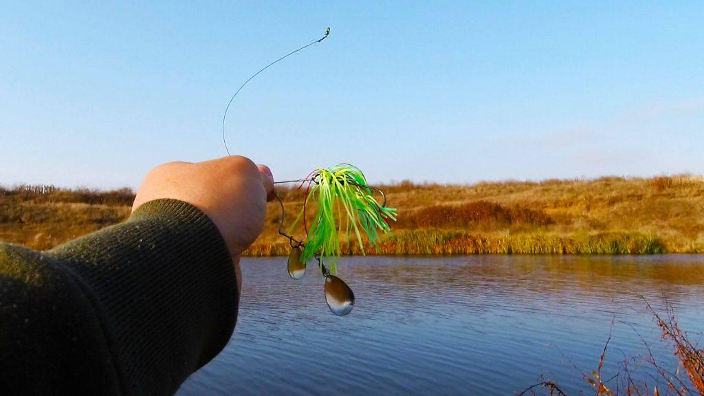 pescuitul stiucii la spinnerbait