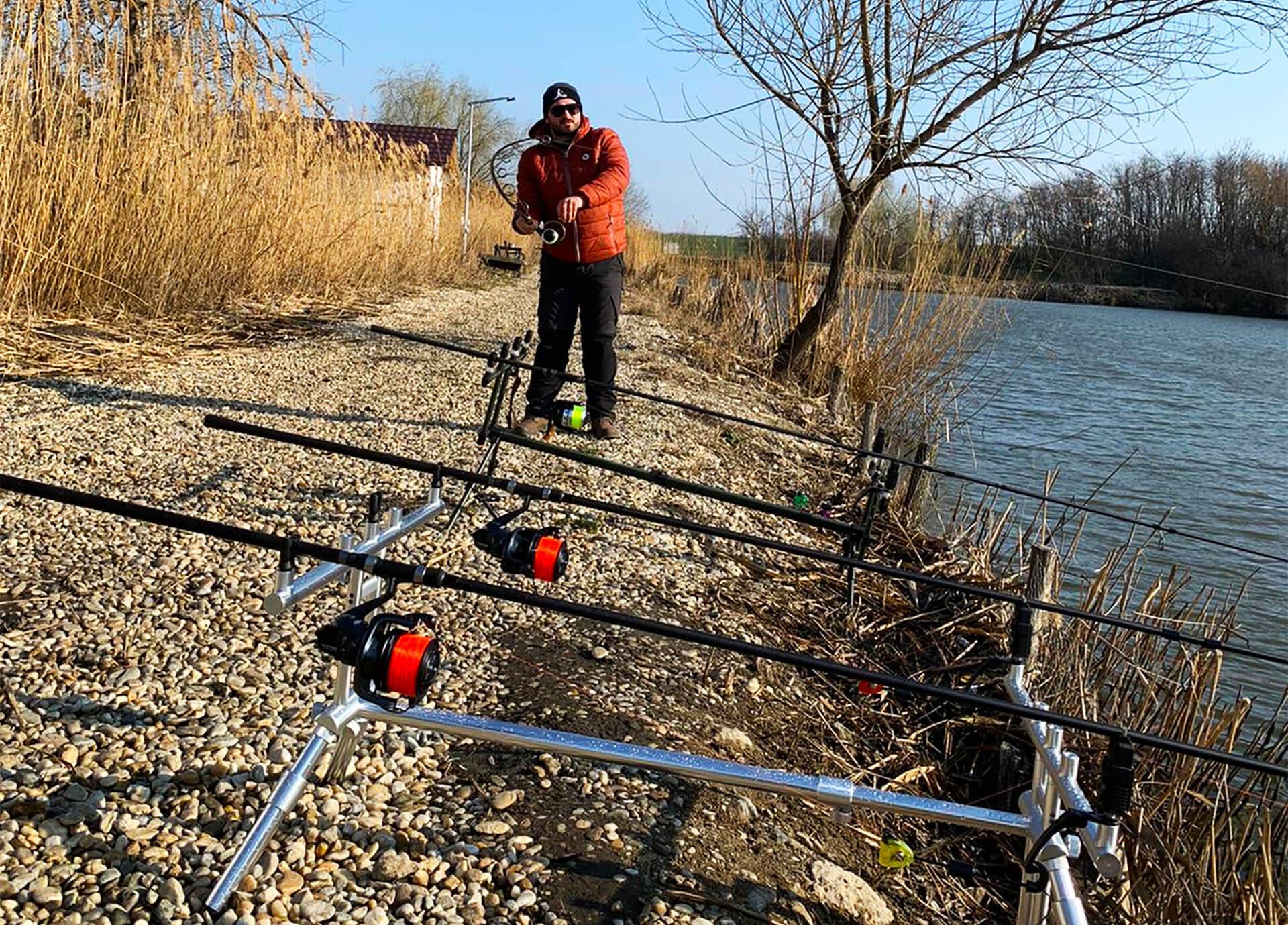 drill partida de pescuit la crap pe apa rece