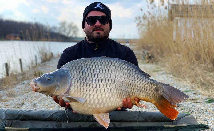 pescuit la crap pe apa rece