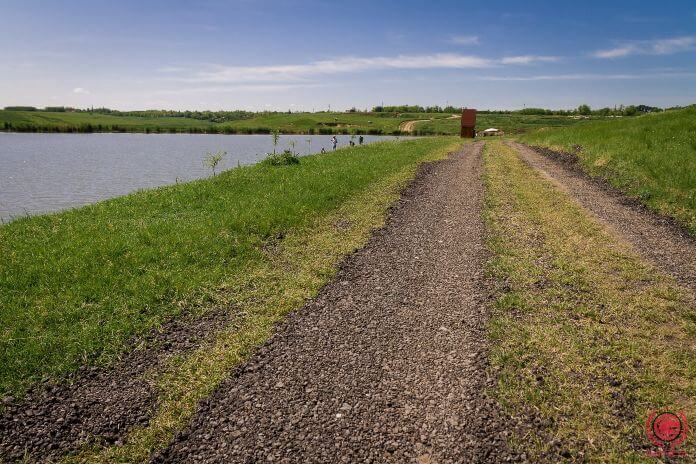 Drum acces balta de pescuit la feeder Nucetu