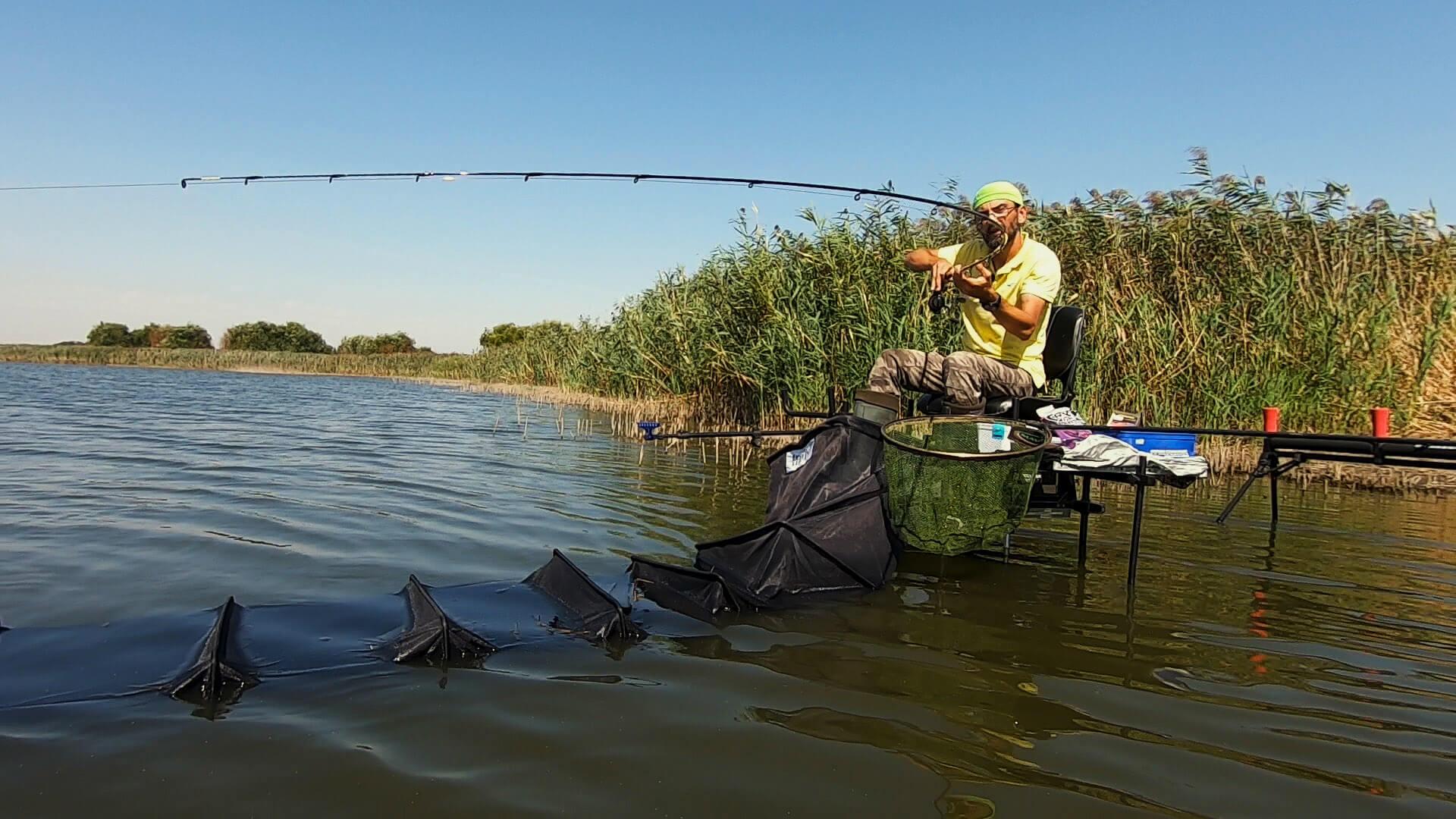 echipament pescuit la crap la pellet feeder